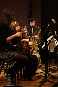 Bates College Jazz Band & Jazz Combo Directed by Tom Snow Performing songs by Michael Brecker, Chuck Mangione, Milt Jackson, and more Olin Arts Center Concert Hall Wednesday, December 7, 2011 7:00 p.m. Admission is Free