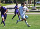 Men's soccer plays Trinity to scoreless draw
