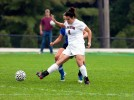 Women's soccer falls to No. 7 Amherst in evenly played game