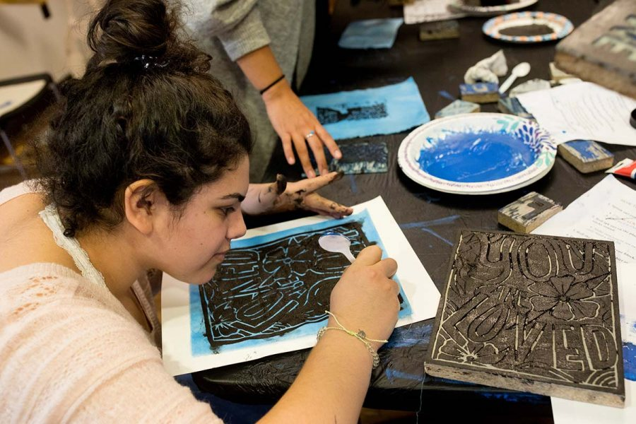Social Justice Printmaking in Chase Hall LoungeSOCIAL JUSTICE PRINTMAKING @ FREE PRESS BATESMake art with us! About social justice issues! For FREE!What? Free Press BatesWhere? Chase LoungeWhen? Drop in between 12 PM and 4 PMDianna Georges '22 of Clifton, N.J.Printmaking at Free Press involves rolling ink out onto stamps carved by a variety of talented Bates artists and using those stamps to make designs on the canvas of your choice. We'll provide posters and canvas tote bags to print on, you bring whatever else is in need of artistic embellishment (t-shirts? jean jackets? your roommate's bedspread?). No prior art experience or skill is necessary—we'll have artists there to guide you through the printmaking process.We look forward to seeing you soon!Warmly,The Multifaith Chaplaincy & Bates Arts SocietyFor More InformationEmma Soler (Multifaith Chaplaincy, Bates Arts Society)esoler@bates.eduFree Press BatesChase Hall 111 - Chase LoungeToday — 12:00pm (until 4:00pm