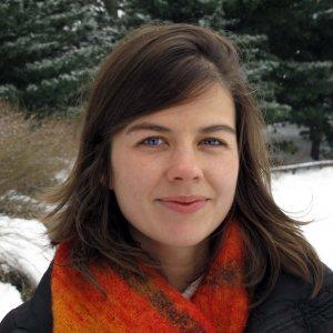 Elizabeth Rush winter headshot