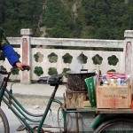 "During a traffic backup during the Bates group's travel from Sichuan, an entrepreneur takes advantage of the opportunity. ""He has a portable restaurant,"" explains Maurer-Fazio."