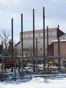 More steel rising at the site of the new Commons. (Doug Hubley/Bates College)