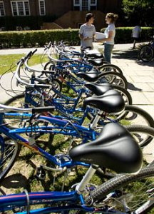 Students prepare to recruit Bates Bike Co-op members
