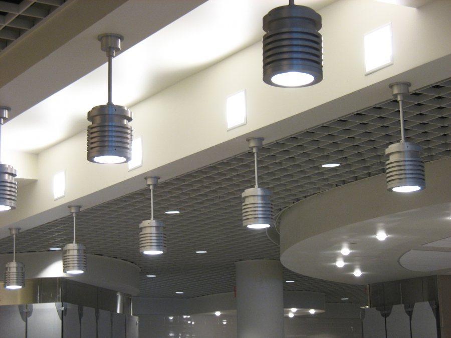 Sleek lighting fixtures in the new Commons. (Doug Hubley/Bates College)