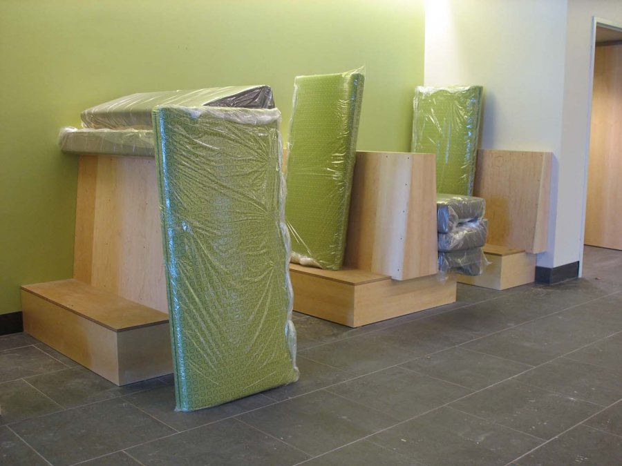 Portland designer Angela Adams provided the upholstery for booths in the flex dining area. (Doug Hubley/Bates College)