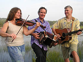 Ti' Acadie is a Maine band exploring Cajun, Québecois and other musical styles.