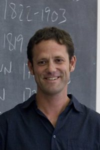 """During his second week of classes, Assistant Professor of Environmental Studies Jonathan Skinner teaches his course """"Imagining Open Spaces"""" (ES 200) in Dana Chemistry, Room 300."""
