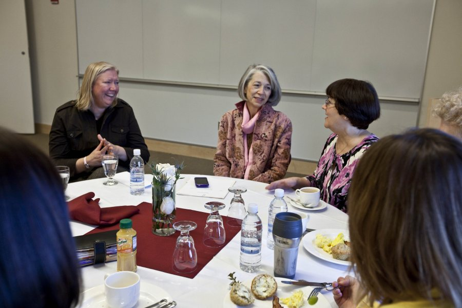 Maine's first lady visits Bates