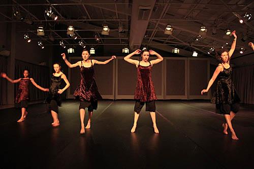 Bates Modern Dance Company