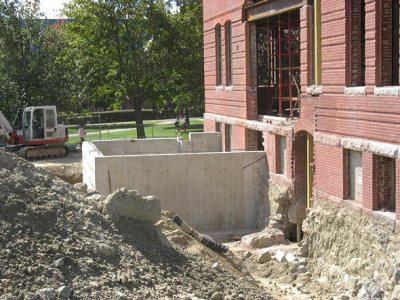 Foundation, Roger Williams Hall