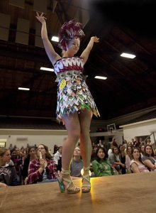 web_101117_trashion_show_4529