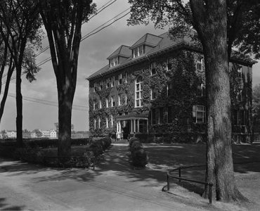 Roger Williams Hall