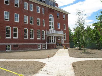Roger Williams Hall landscaping