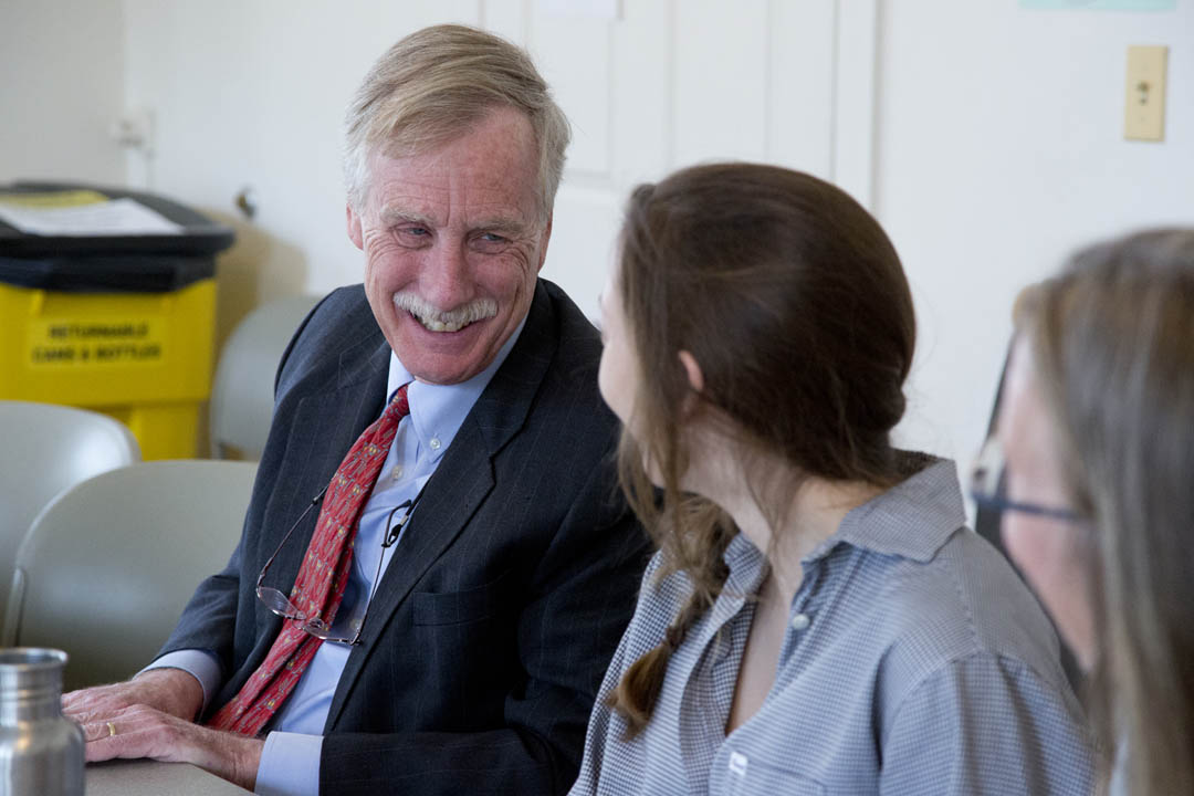 Maine's U.S. Sen. Angus King speaks with Bates students about communicating with their legislators during a Harward Center luncheon. (Phyllis Graber Jensen/Bates College)