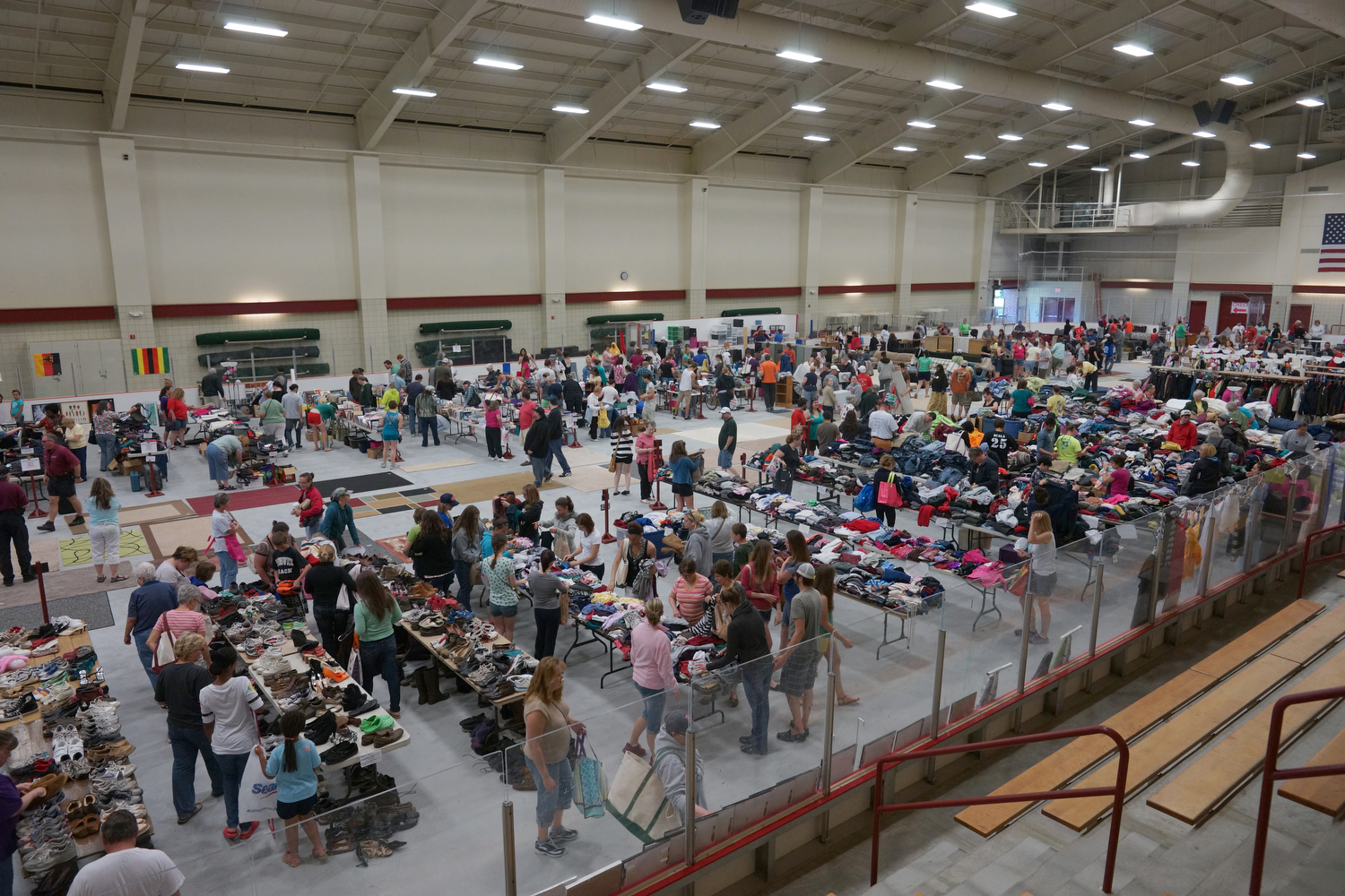 Underhill Arena provides ample space for Bates College's annual Clean Sweep sale. Photograph by Vasu Leeaphon '15/Bates College.