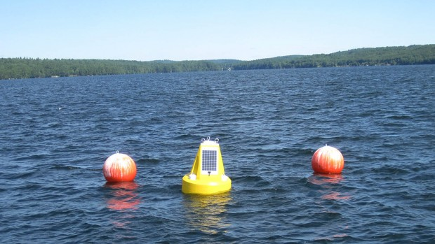 The Lake Auburn buoy in place. Holly Ewing/Bates College.