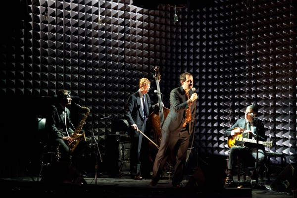 Ethan Lipton & his Orchestra perform in an image by Heather Phelps.