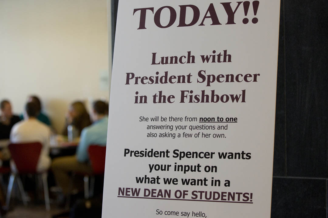 Students, along with faculty and staff, attend an informal lunch with President Clayton Spencer in the Fishbowl in Commons for conversation. She was specifically interested to learn what students are looking for in a new dean of students. (Phyllis Graber Jensen/Bates College)