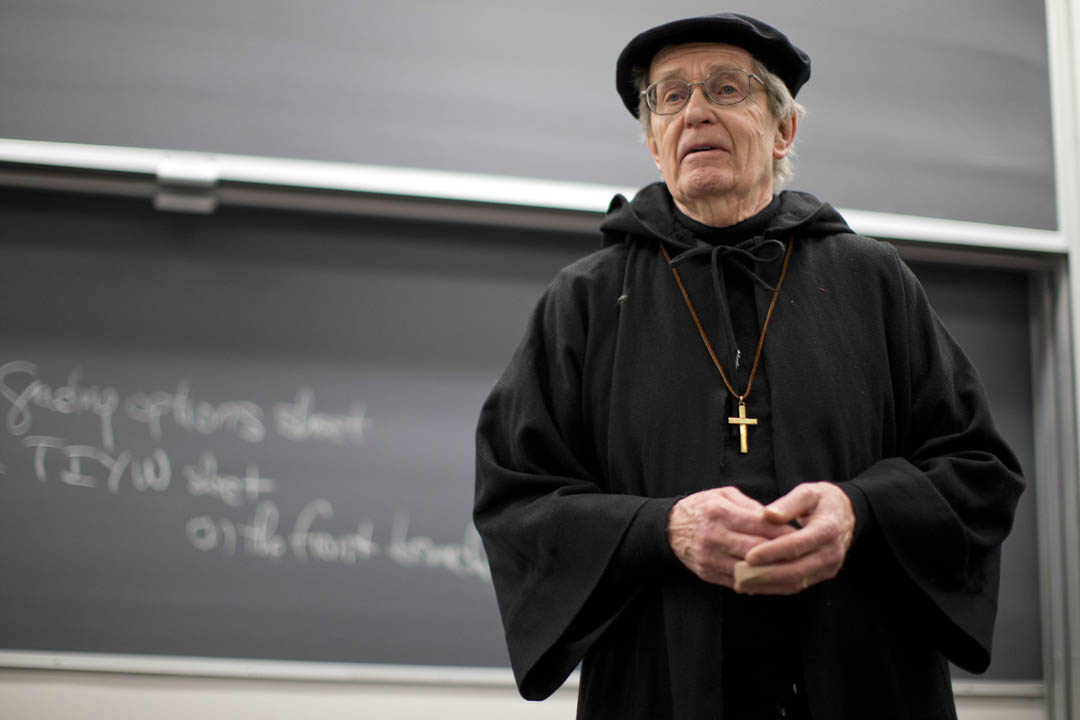 "In Biology 122, ""Biology, Poetry and Inheritance,"" lecturer Don Kimmel addresses students in character as Gregor Mendel, the father of genetics. The course integrates science and the humanities by presenting topics in biology through the imagined life stories of two individuals with inherited differences. (Phyllis Graber Jensen/Bates College)"