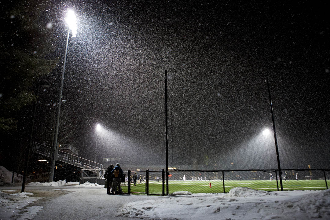 Snow gets heavier during the second half. (Sarah Crosby/Bates College)