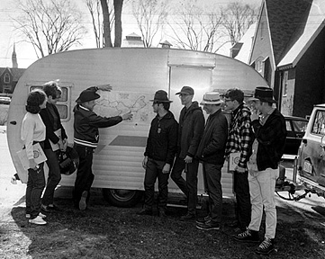 A Short Term adventure in 1969 as Roy Farnsworth, then-associate professor of geology, and students in his Short Term geology field course prepare to hit the road in search of geologic and mining sites. Photo courtesy of the Edmund S. Muskie Archives and Special Collections Library.