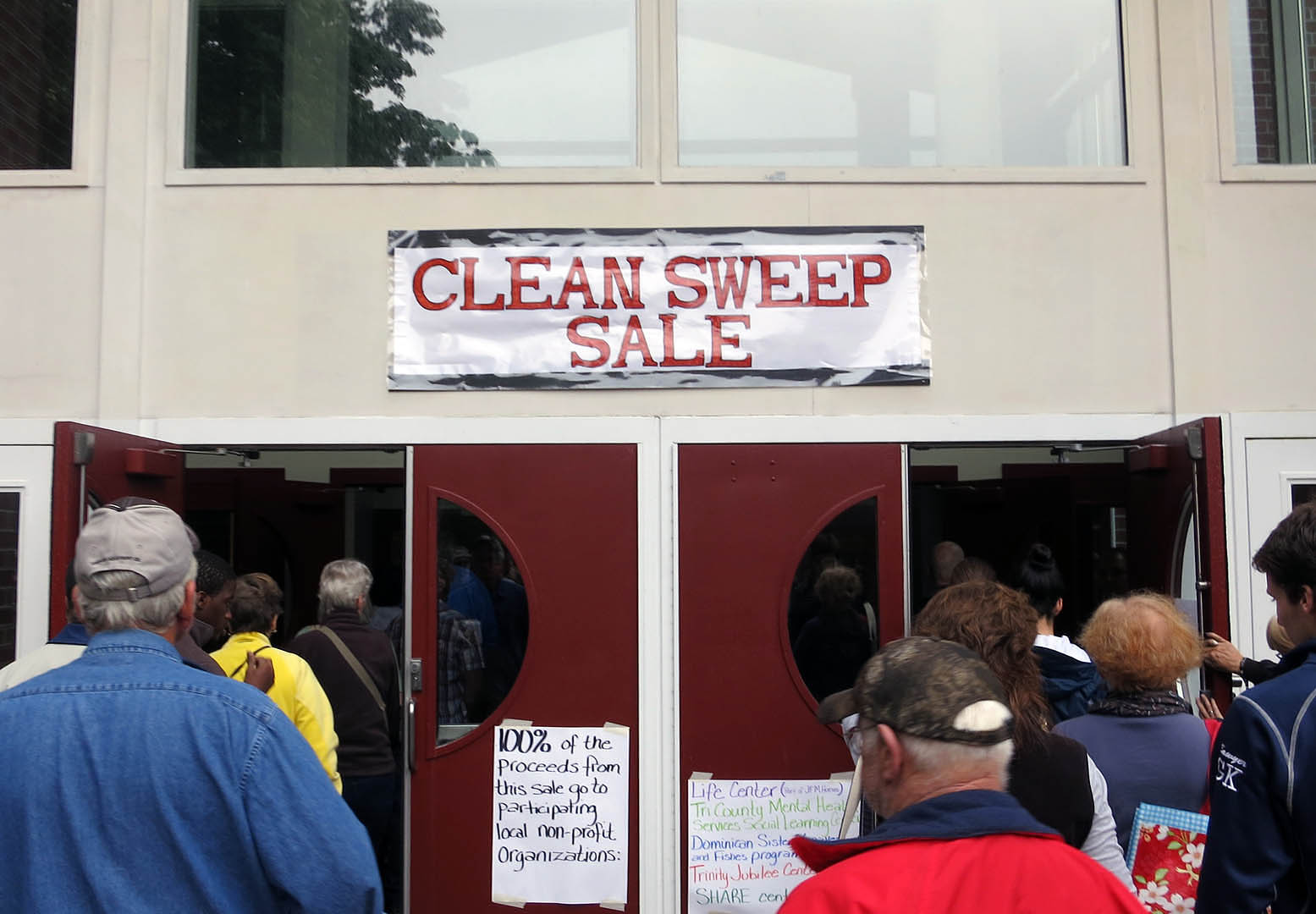 "The fun begins during the 2014 Clean Sweep ""garage sale"" at Bates. (Alexander Hulse '15)"