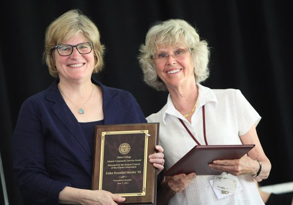 Esther Rosenthal Mechler '64, right, receives the Alumni Community Service Award from President Clayton Spencer at the Annual Gathering of the Alumni Association on June 7, 2014. (H. Lincoln Benedict '09)