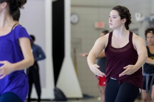 Mary Anne Bodnar '16 takes part in a class in Plavin Studio. (Sarah Crosby/Bates College)