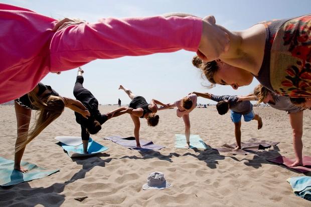 web-140827_AESOP_Yoga_0742