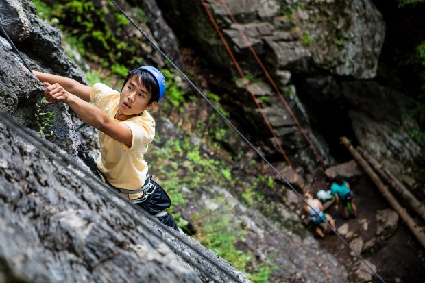 web-140828_AESOP_Rock_Climbing_194