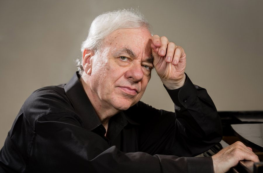 Renowned American pianist Richard Goode. (Steven J. Riskind)