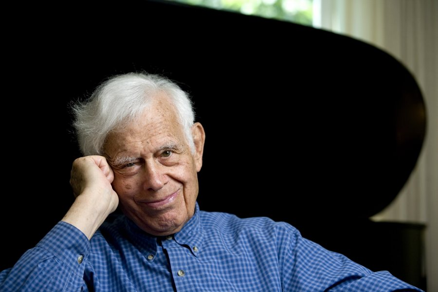Frank Glazer. (Phyllis Graber Jensen/Bates College)