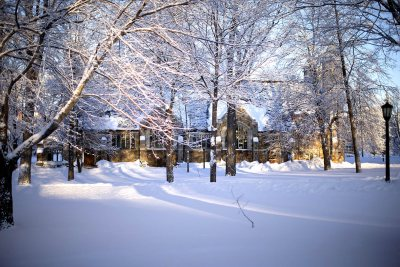 With the cold comes moments of great beauty, too. (Phyllis Graber Jensen/Bates College)