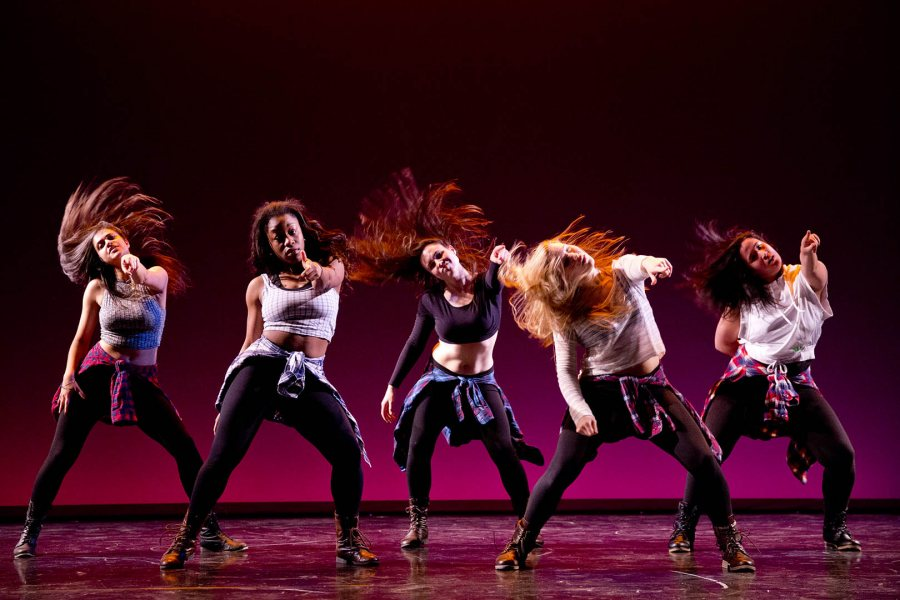 dance essays topics Descriptive essay-dance i would dance around at philadanco in west philly with my godsisters all the chattering from my peers talking about different topics.