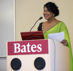 Sulo Dissanayake '09 gives the keynote address at the May 6, 2015, honors thesis dinner. (Phyllis Graber Jensen/Bates College)