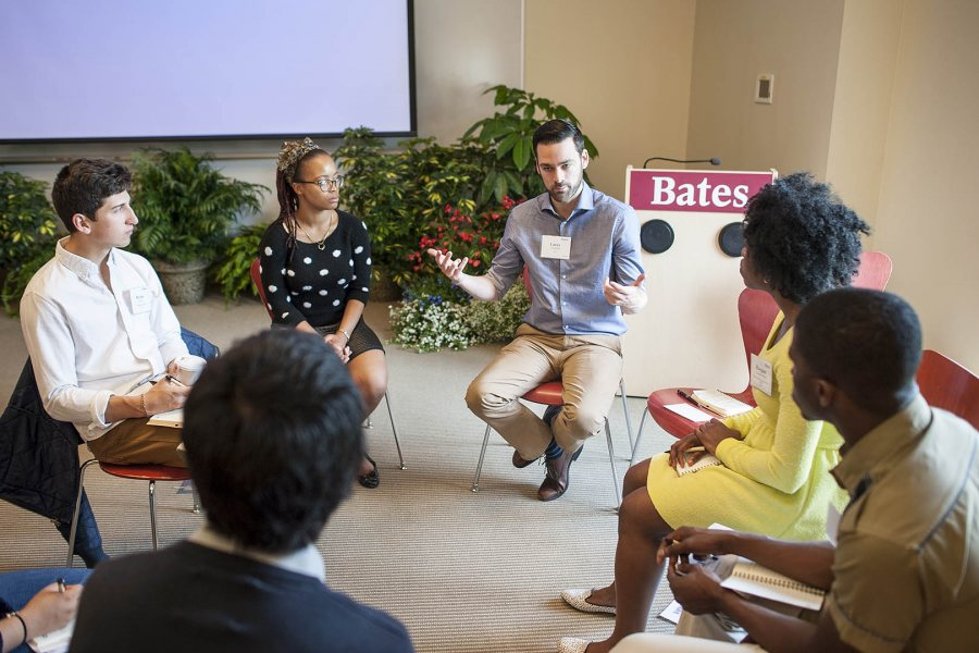 "Larry Handerhan '05 discusses his career path with students during the May 2015 ""Working Weekend"" program, co-sponsored by the Purposeful Work initiative and the Office of Equity and Diversity. (Josh Kuckens/Bates College)"