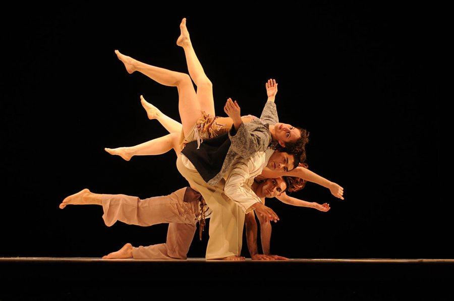 Delfos Danza Contemporanea. (Martin Gavica)