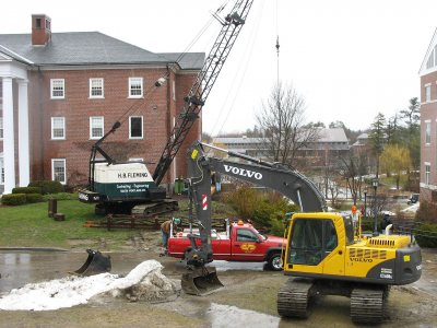Heavy equipment at Lane Hall. (Doug Hubley/Bates College)