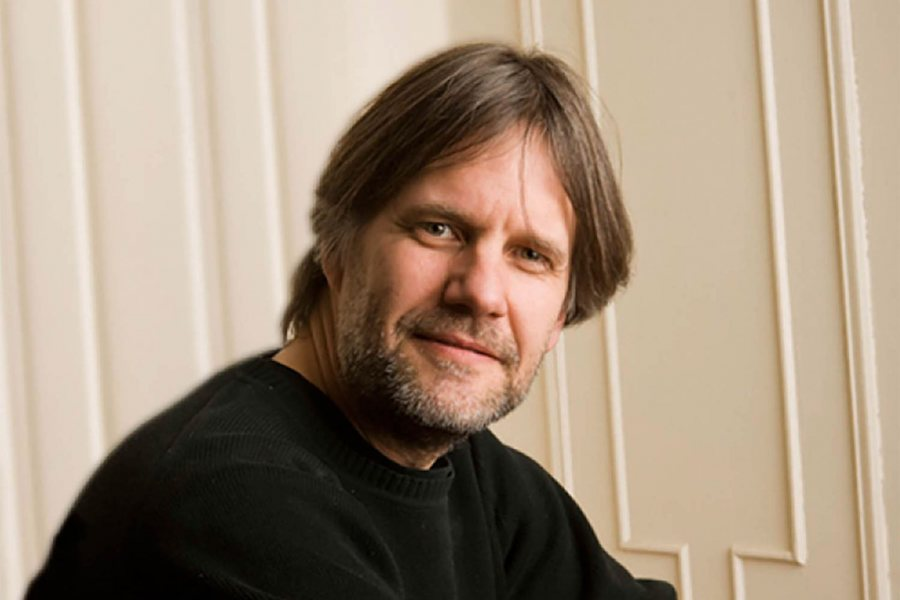 A jazz pianist and composer, Frank Carlberg is a visiting artist at Bates in 2015-16