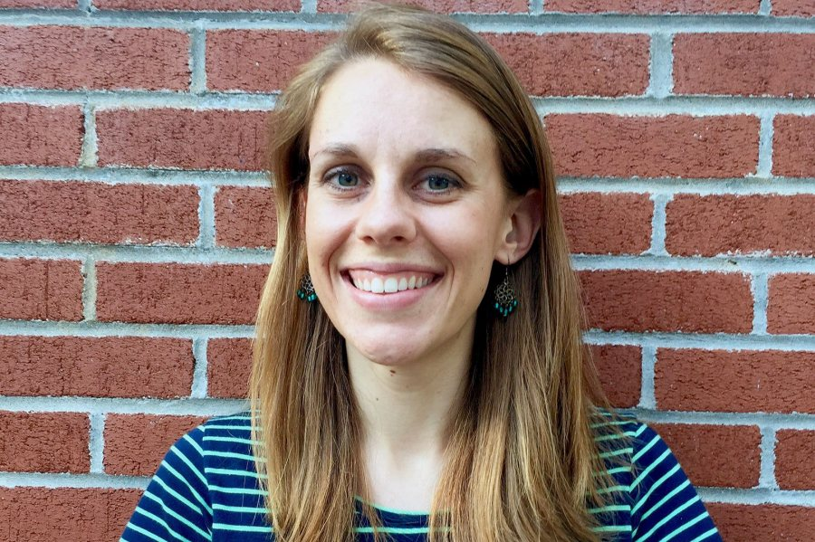 Katharine Nixon '14, a religious studies major from Medfield, Mass., was awarded a 2016–17 Fulbright English Teaching Assistantship for Sri Lanka.