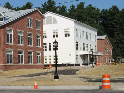 New student housing with paths and lighting. (Doug Hubley/Bates College)
