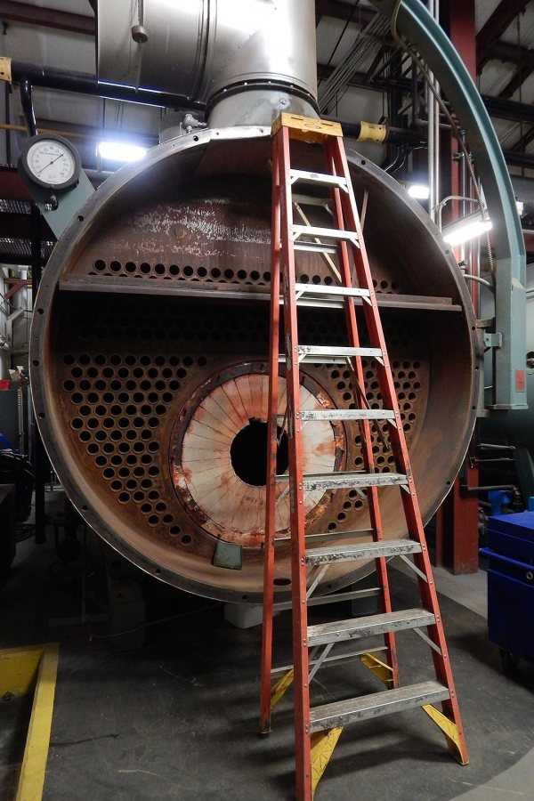 Boiler No. 1 in November 2016, prior to its conversion for burning Renewable Fuel Oil. (Doug Hubley/Bates College)