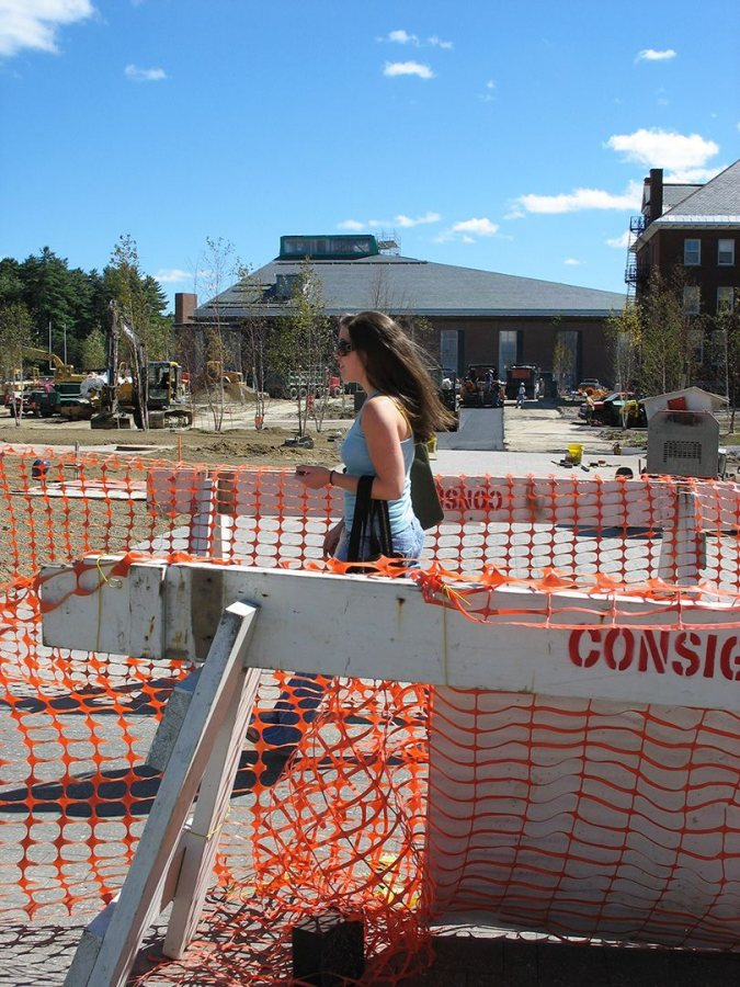 Crossing Alumni Walk via a designated lane. (Doug Hubley/Bates College)