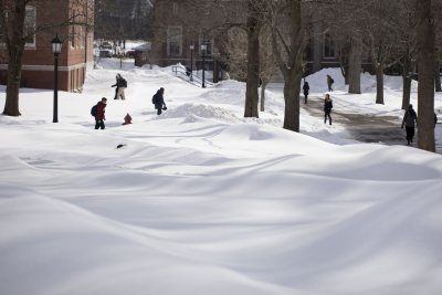 Students navigate a sea of snow on Feb. 14. (Phyllis Graber Jensen/Bates College)