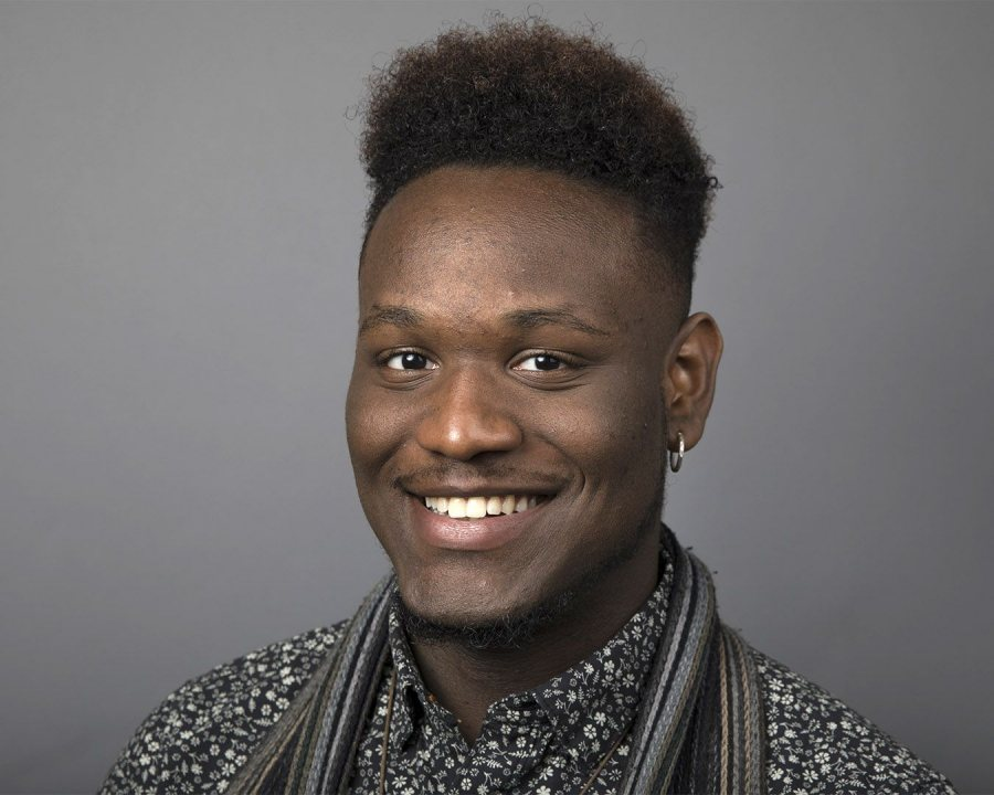 Deshun Peoples '17 of Chicago, a double major in studio art and rhetoric, received a Fulbright Open Study/Research Award for a project in China. (Phyllis Graber Jensen/Bates College)