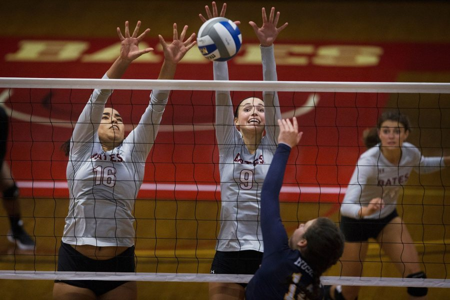 Bowdoin goes up against Bates volleyball (shown here defeating Southern Maine in September) on Oct. 6. (Theophil Syslo/Bates College)