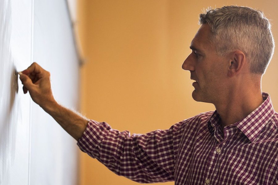 Francesco Duina teaches his course in political sociology in mid-September. (Theophil Syslo/Bates College)