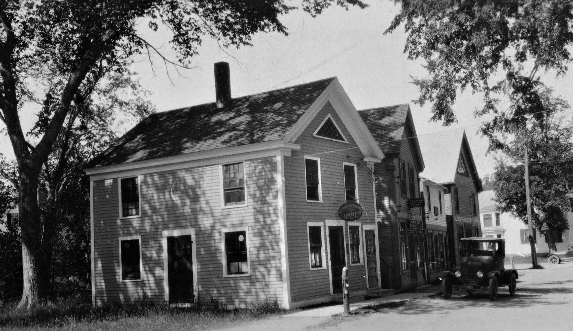 The offices of the Bates Forest in Alfred, Maine, circa 1932. (Muskie Archives and Special Collections Library)