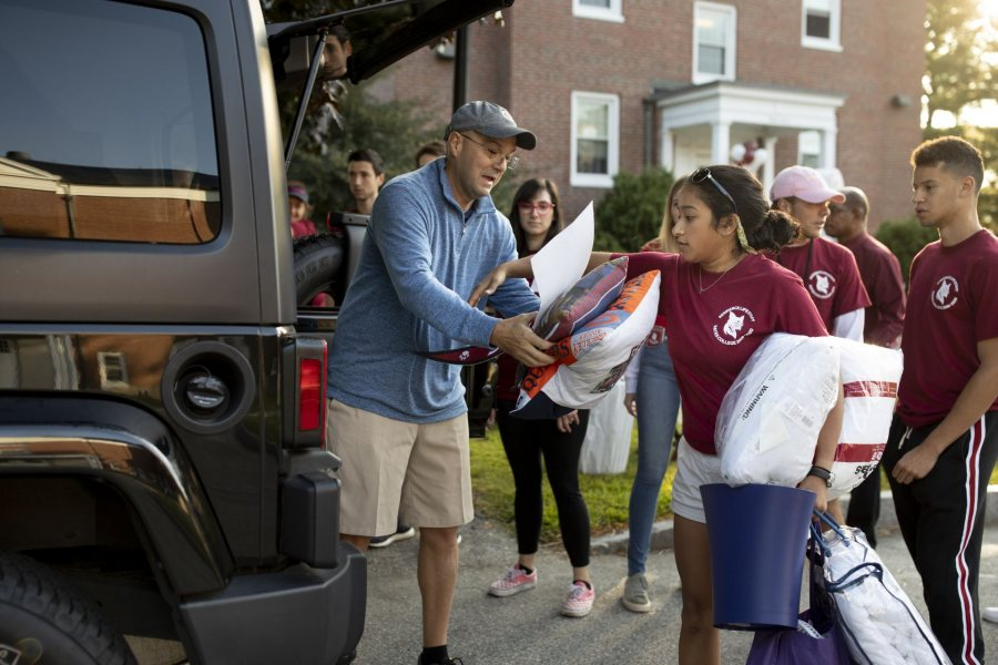 Move-In DayThe Class of 2023 arrives on campus. Students move into their new residences, attend meetings, eat lunch, pick up AESOP equipment, hear the President's Greeting on the Historic Quad, and say goodbye to their families.